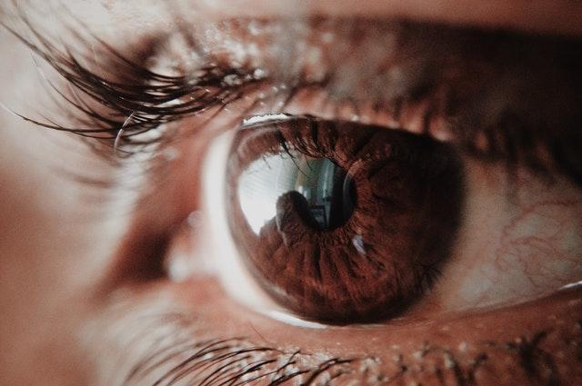 Scăderea vederii la adult: de ce nu mai vedem bine?